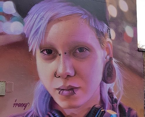 IRONY | London - Camden | Young woman with purple hair | Picture 2019-12-23 by About Street Art
